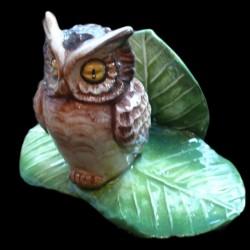 Owl menu holder