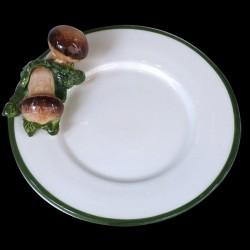 Champignons sur petite assiette D16,6 cm