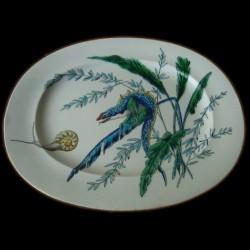 Grand plat oval, lézard et escargot, faience Vieillard Bordeaux, XIXe siècle.