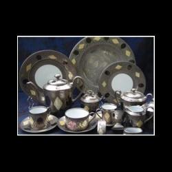 Plat ovale 39 x 29 cm gravé centre blanc collection Medecis