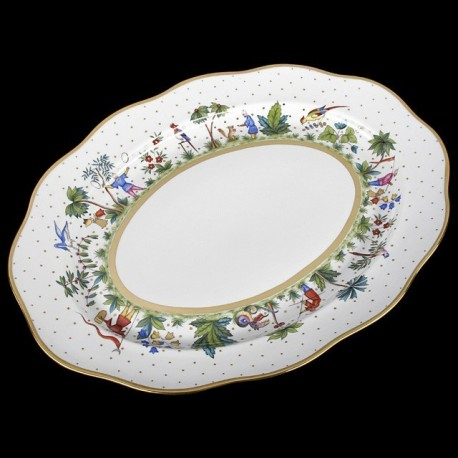 Oval dish of 43cm length