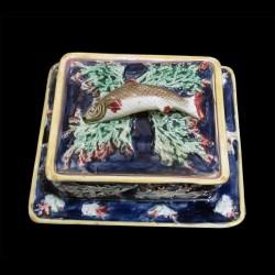 sardinière barbotine XIXème bleue, algues et une sardine