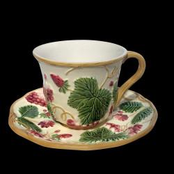 """Tasse à thé blanc cassé + sous tasse """"Georges Sand"""""""