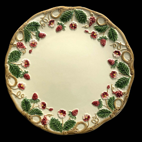 "Majolica Ivory and red fruits desert plate ""Georges Sand"""