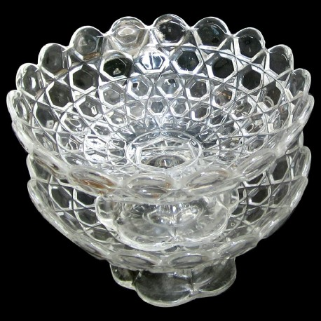 Pair Baccarat cristal cup on stand D 18 cm